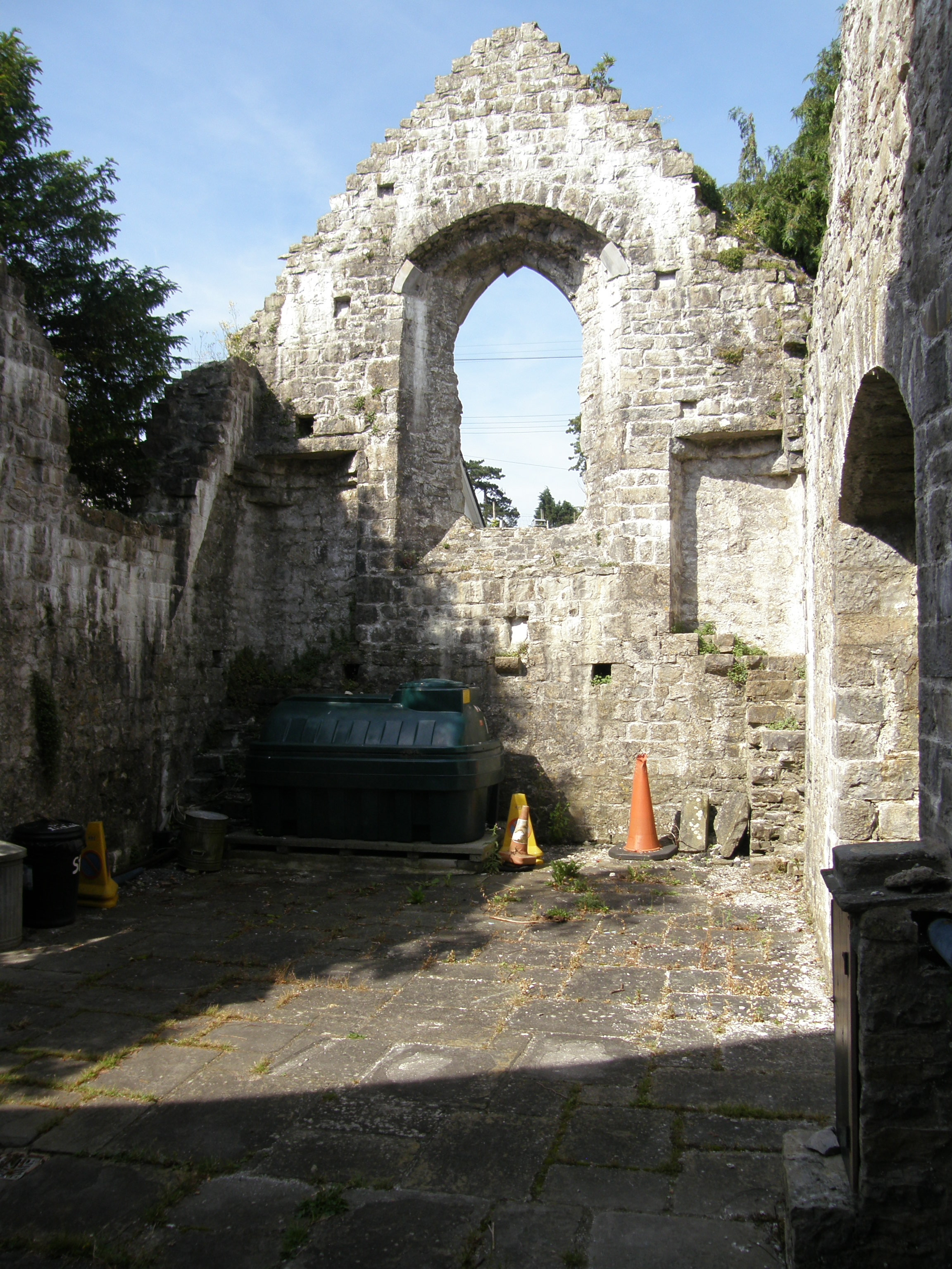 St. Illtuds, ruined chapel with composting bin