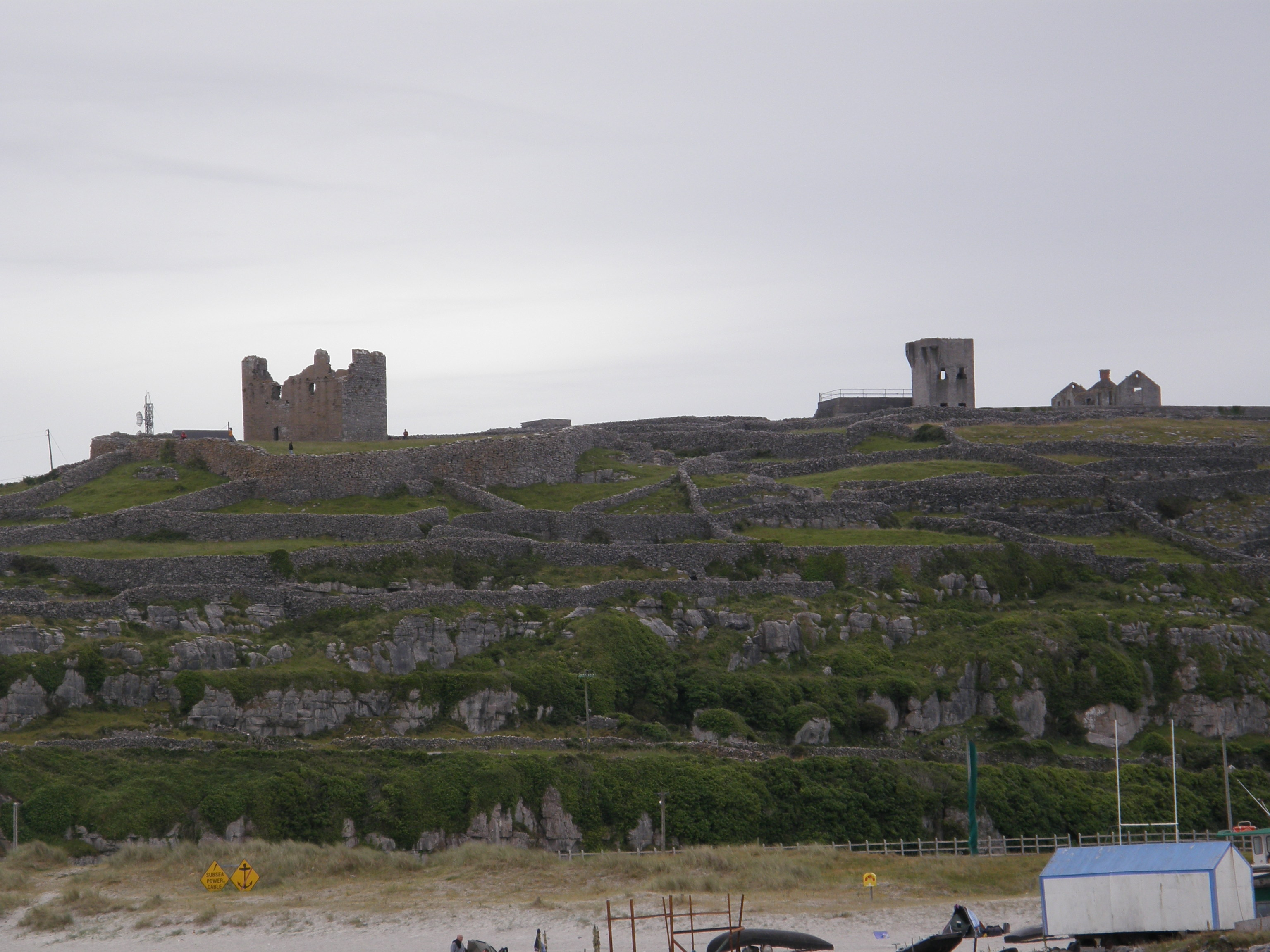 From Inis Oírr pier