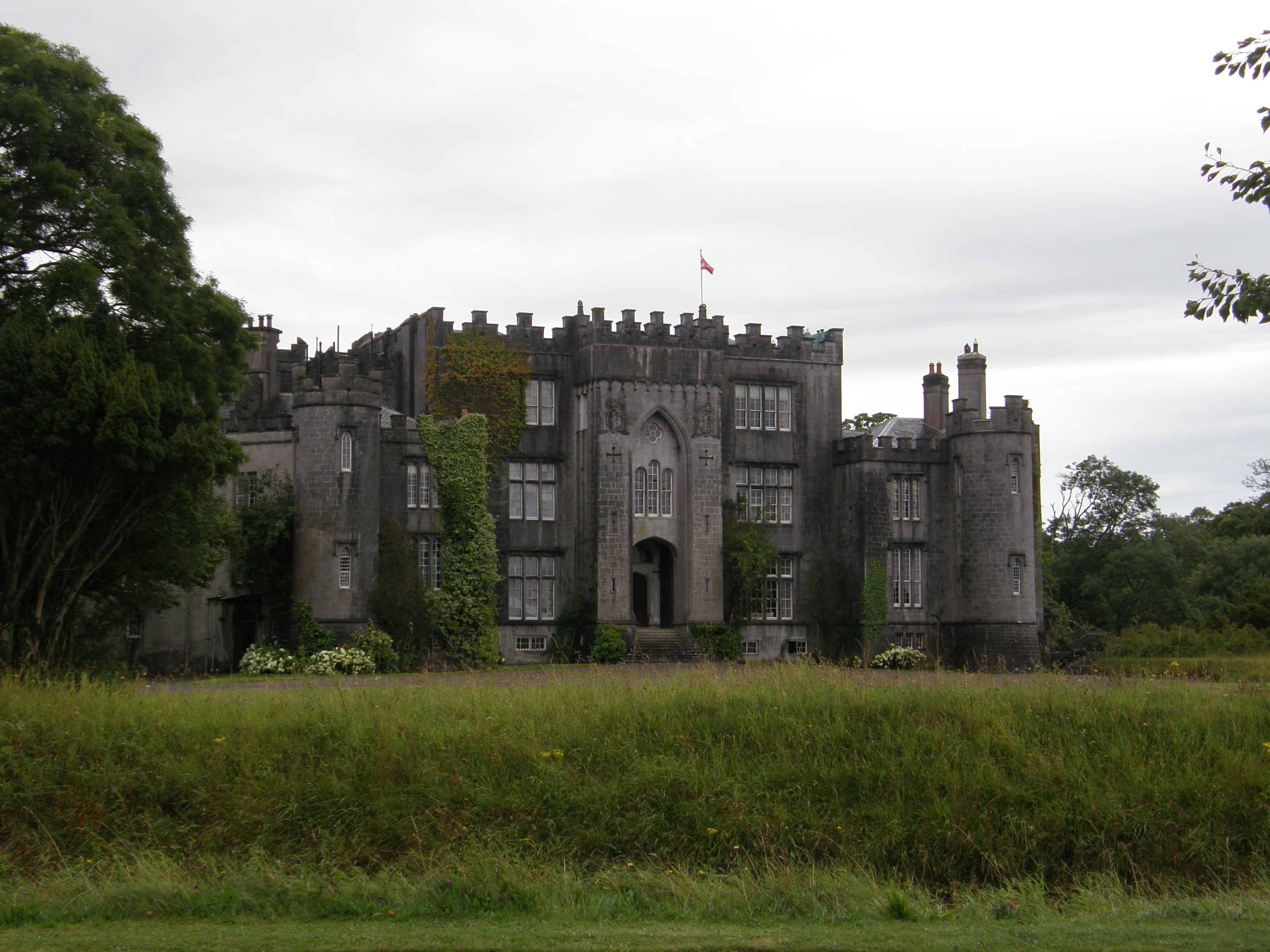 Castle Birr, Biir, Co. Uibh Fhaili, Éire