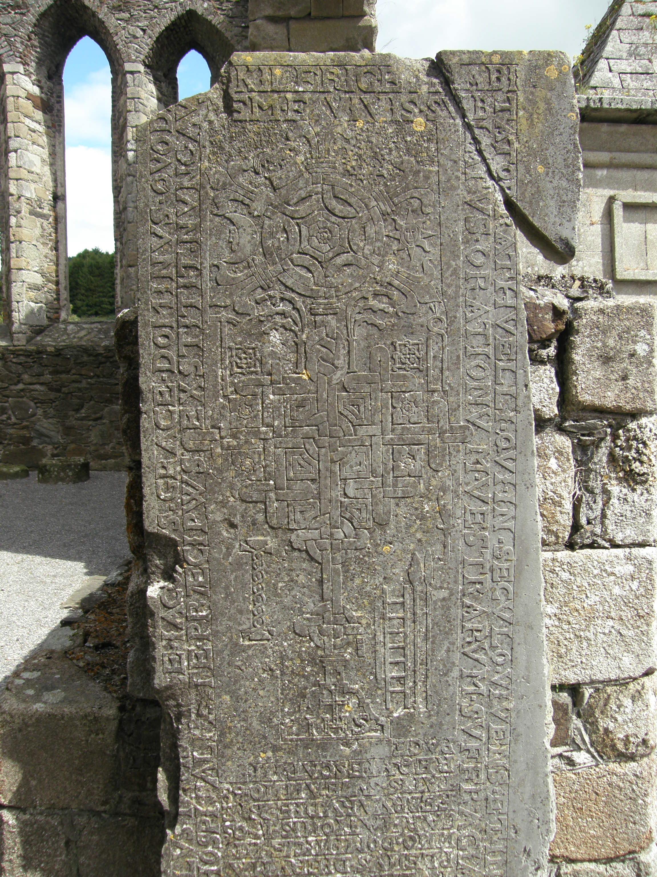 Baltinglass Tile showing Ornate Celtic Knotwork