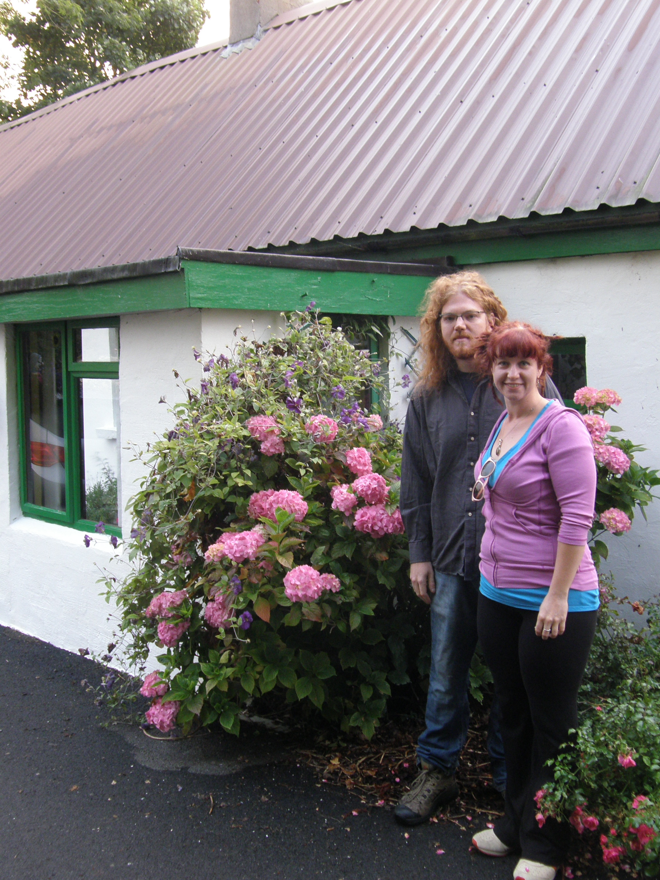 Jeff & Caitlin at the McDonalds' Chestnut Cottage in Banagher, Co. Offaly, Éire